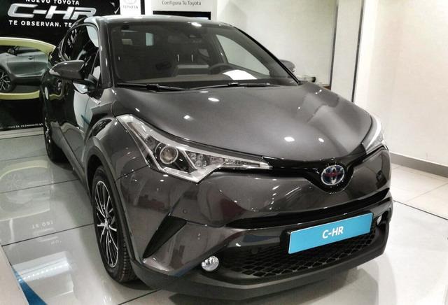 Nuevo Toyota CHR CH-R Quiero Comprar un Coche Quierocompraruncoche Madrid Concesionario