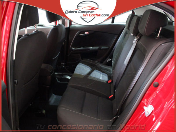 FIAT TIPO HB LOUNGE ROJO AMORE