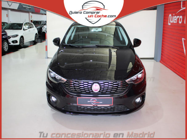 FIAT TIPO 5P HATCHBACK MY20 LOUNGE NEGRO CINEMA
